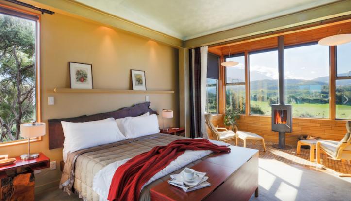 Hapuku Lodge, New Zealand's treehouse hotel ...