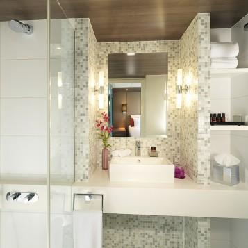 amadeus-provence-suite-bathroom