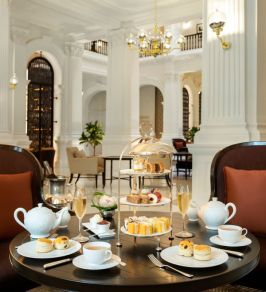 raffles Singapore_Afternoon Tea at Grand Lobby