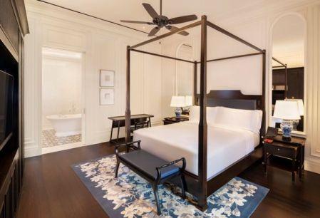 Raffles Singapore Courtyard Suite - Bedroom