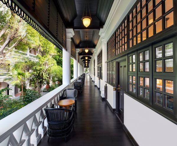 Raffles Singapore_Verandah_corridor