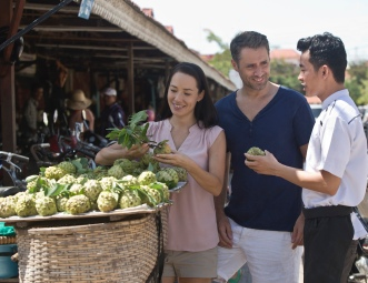 Anantara Chef_Lead_Market_Tour