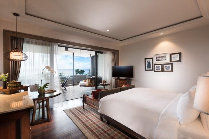 ADES_115494735_Anantara_Desaru_Coast_Deluxe_Sea_View_Corner_Room_2